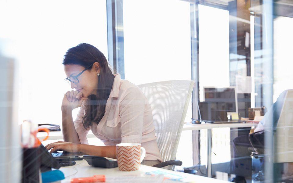 woman using Drake Software